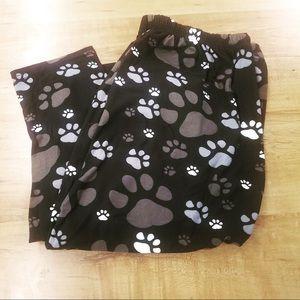 🐾Paw prints!!!! TC buttery soft leggings ❤️